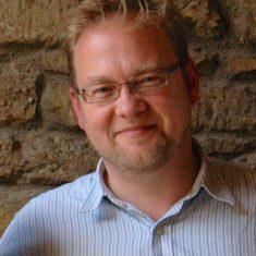 Jonathan Tummons